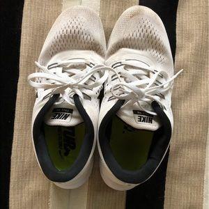 Nike's free run